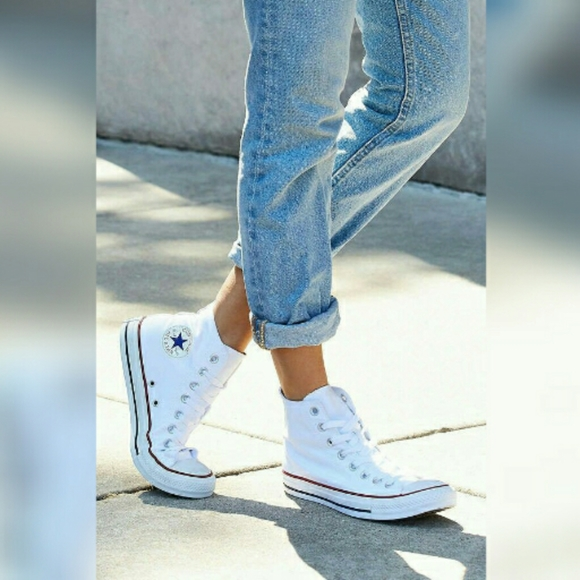 Converse All Star White High Tops Shoes Size 8 NWT